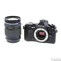 [使用] OM-d E-M5 MarkII的14-150mm II镜头套(黑色)