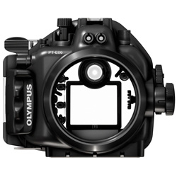 PT-E06 (E-620用防水プロテクター)