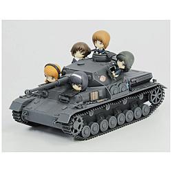 1/35 ガールズ&パンツァー 最終章 IV号戦車F2型(D型改) あんこうチーム プチあんこうチーム付き特別限定版です!
