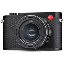 19050 Leica Q2