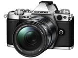 OLYMPUS OM-D E-M5 Mark II 14-150mm II レンズキット シルバー [マイクロフォーサーズ] ミラーレス一眼カメラ