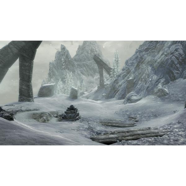 The Elder Scrolls V: Skyrim  (ザ エルダースクロールズ 5:スカイリム) Special Edition 【PS4ゲームソフト】_3