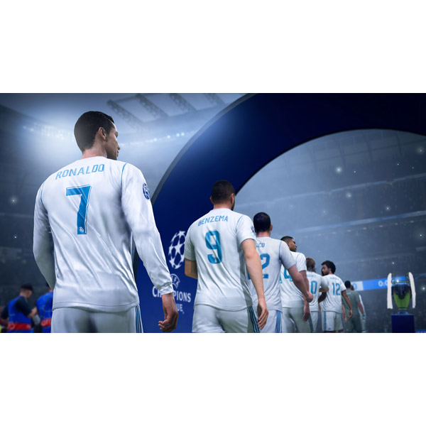 FIFA 19 Champions Edition 【Xbox Oneゲームソフト】_3